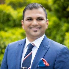 Bhushan Doshi, Sales representative