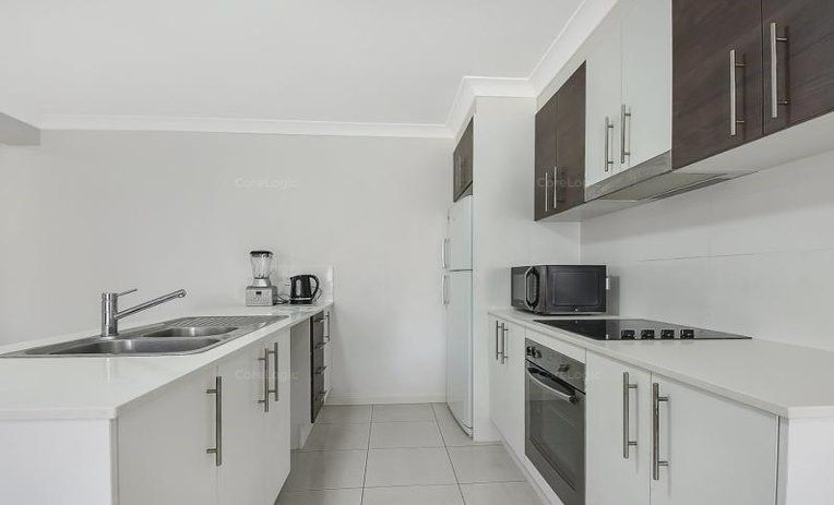 4/74 Battersby Street, Zillmere QLD 4034, Image 2