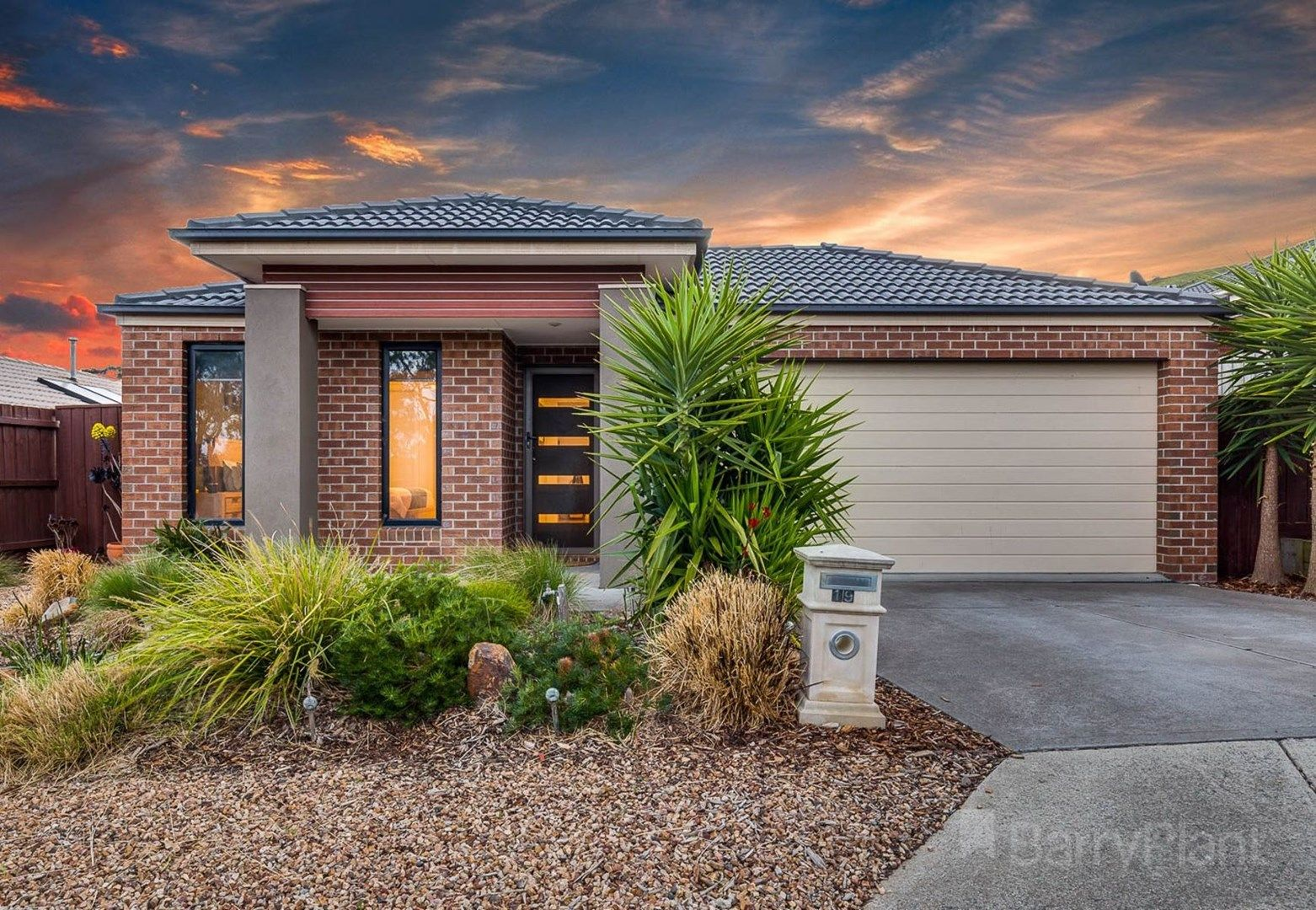 19 Raine Court, Sunbury VIC 3429, Image 0