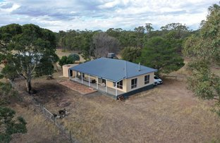 Picture of 135 Moormbool Road, Moormbool West VIC 3523