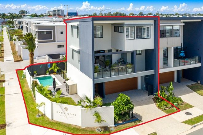 Picture of 55 Park Cove Boulevard, HOPE ISLAND QLD 4212