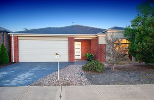 Picture of 6 Walton Loop, Point Cook VIC 3030