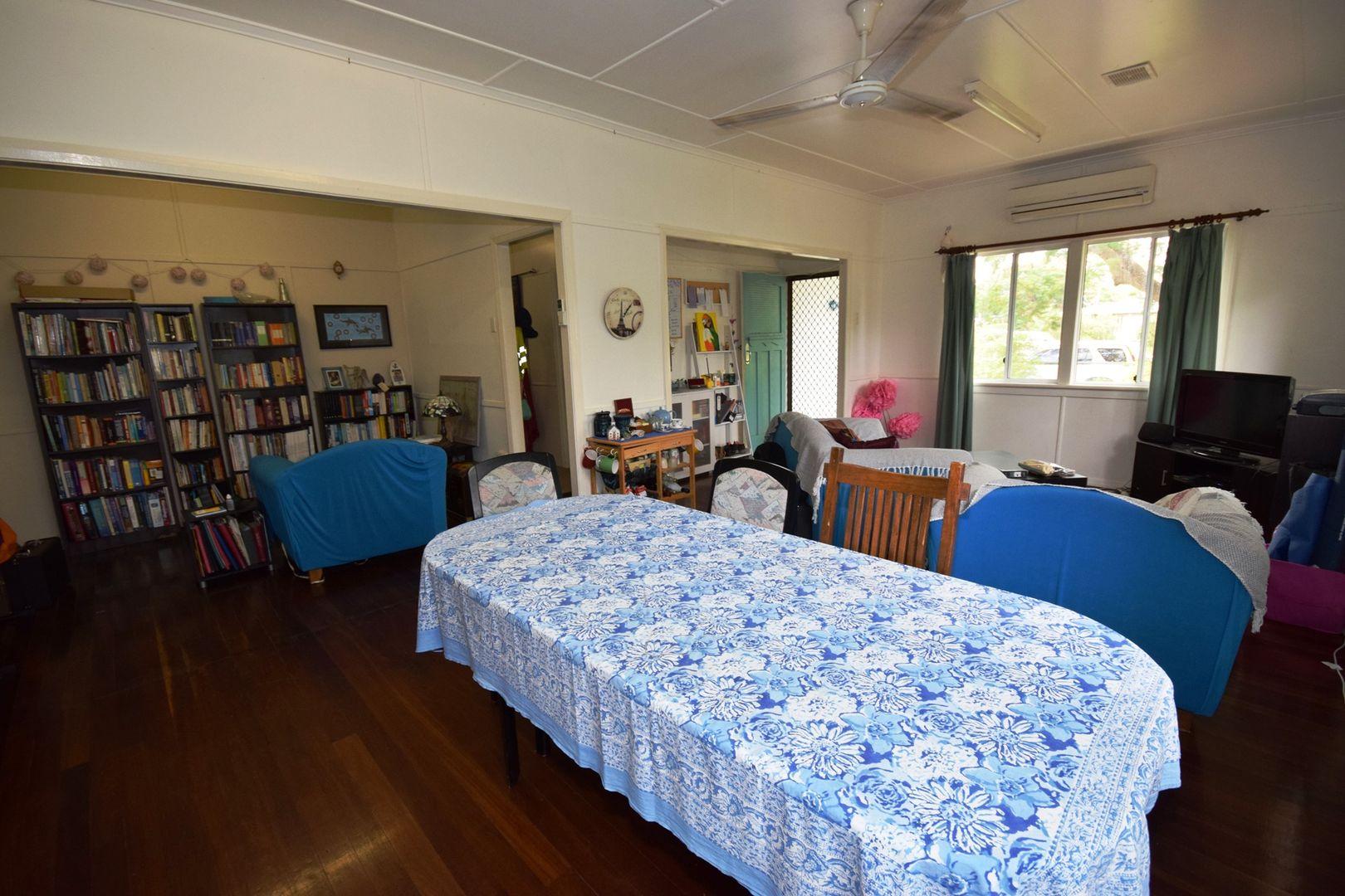 165 Ibis Street, Longreach QLD 4730, Image 2