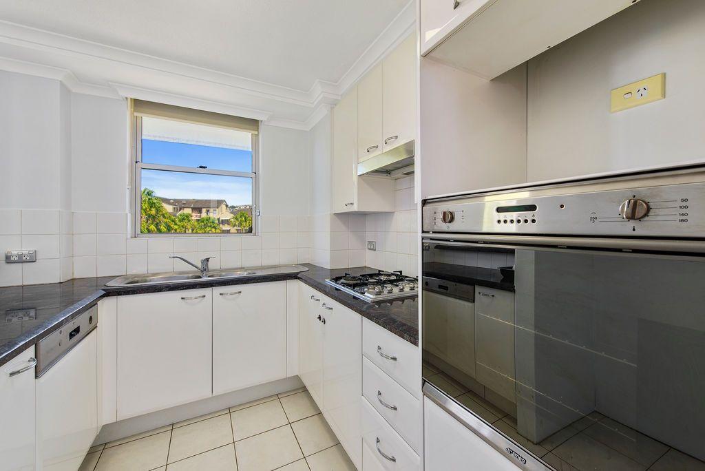55/110 Reynolds Street, Balmain NSW 2041, Image 2