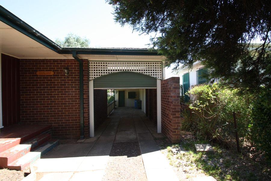 9 Blakemore Street, Ashmont NSW 2650, Image 1