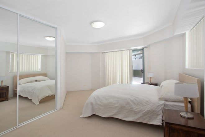 Picture of 209/9-15 Central Avenue, MANLY NSW 2095