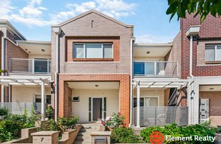 Picture of 7 Avondale Way, Eastwood NSW 2122