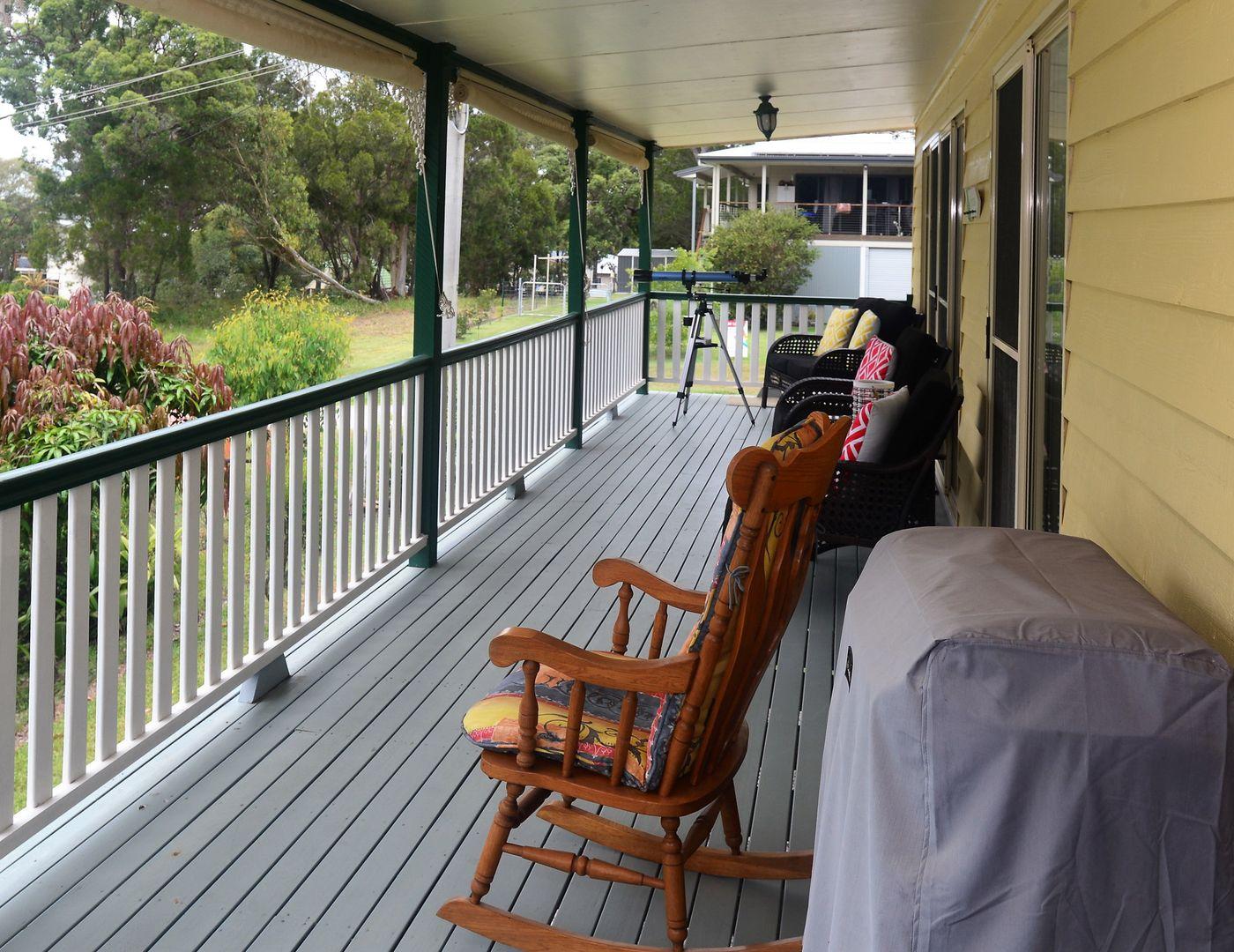 29 Tukkeri St, Macleay Island QLD 4184, Image 2