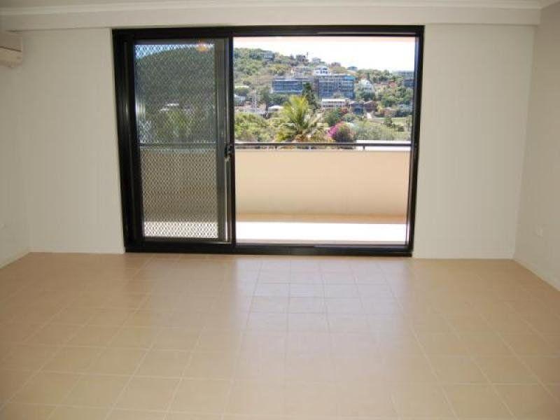 9/30 Queen Street, Yeppoon QLD 4703, Image 2