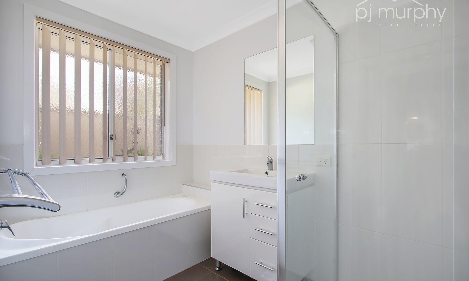 4 Pech Avenue, Jindera NSW 2642, Image 2