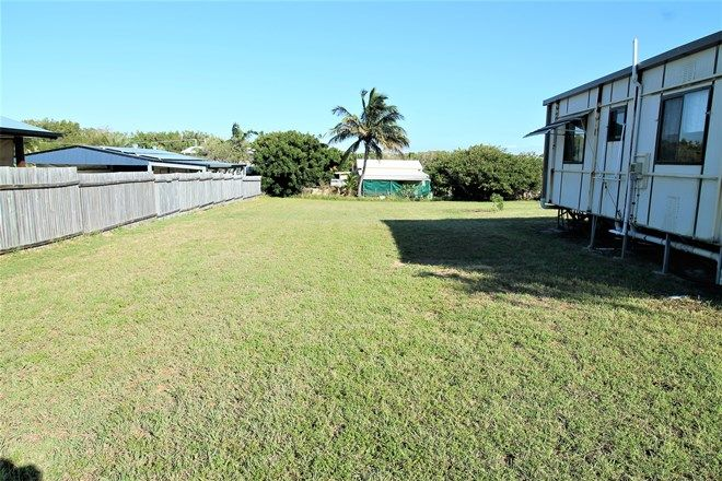 Picture of 46 Rasmussen Avenue, HAY POINT QLD 4740