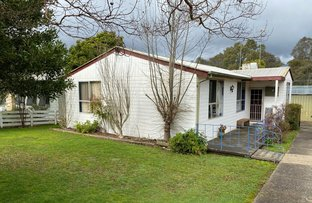 Picture of 21 Tenth Street, Eildon VIC 3713