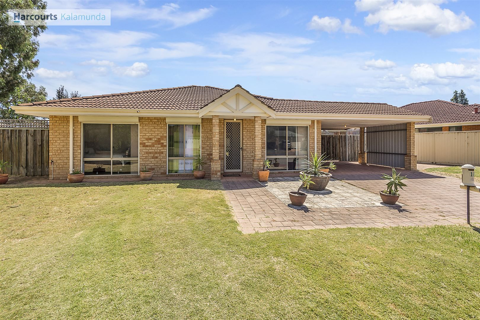 18 Bildjar Close, South Guildford WA 6055, Image 0