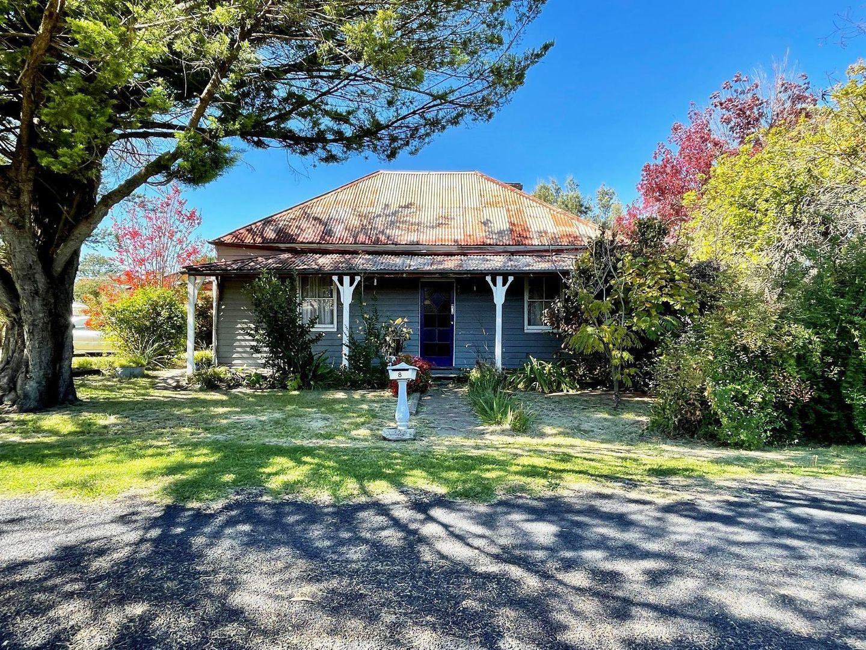 8 Cooper Lane, Uralla NSW 2358, Image 0