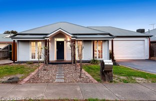 Picture of 9 Woodstock Drive, Doreen VIC 3754