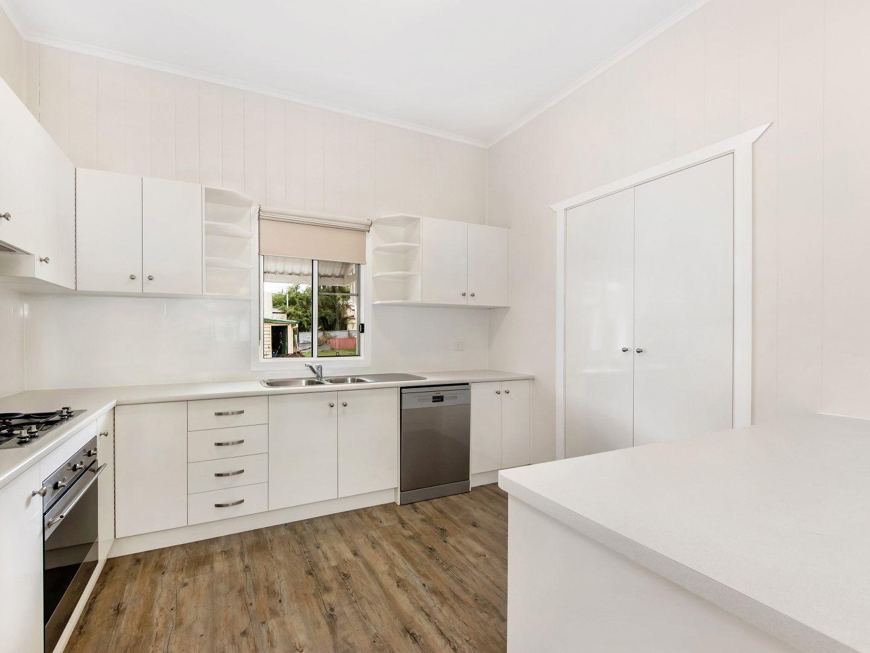 7 Berlin Street, Rosewood QLD 4340, Image 2