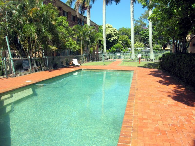 23/45 Pohlman Street, Southport QLD 4215, Image 2