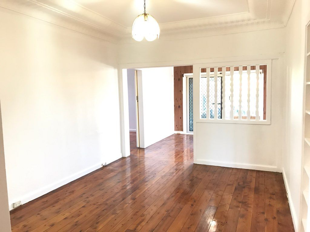 74 Armitree Street, Kingsgrove NSW 2208, Image 2