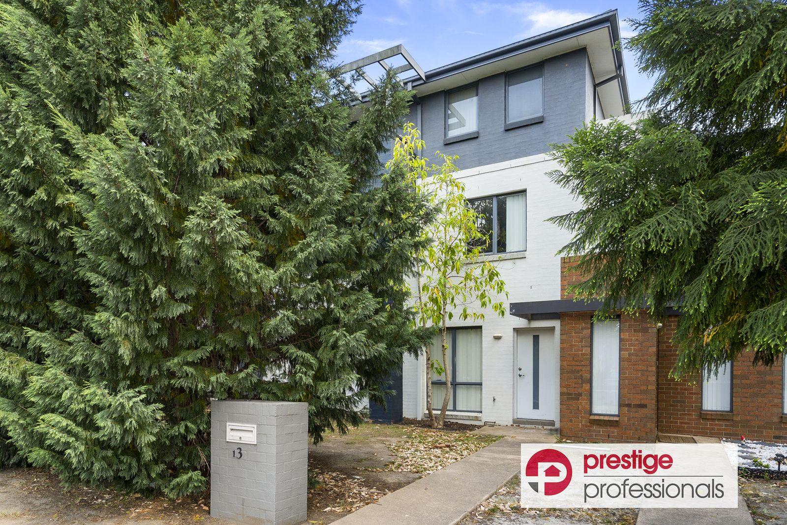 1/3 Macarthur Drive, Holsworthy NSW 2173, Image 0