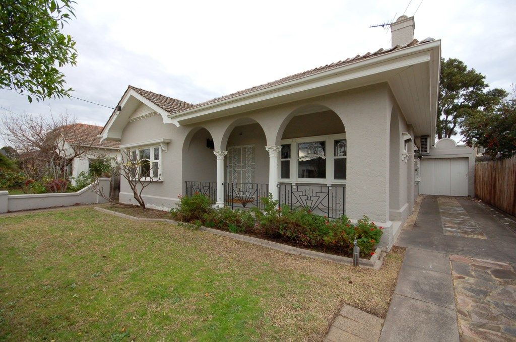 4 Crowther Place, Brighton VIC 3186, Image 0