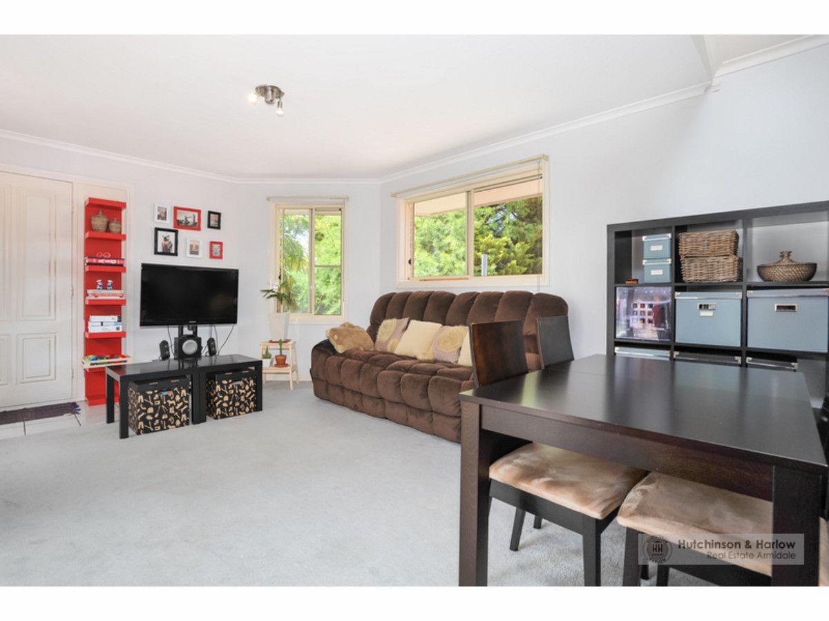 2/7 Quin Avenue, Armidale NSW 2350, Image 2