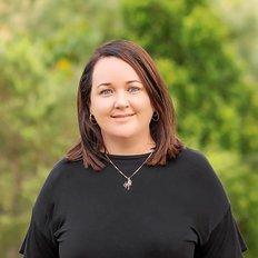 Peta Bingham, Property Management