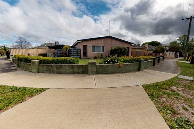 Picture of 1&2/11 Elliott Street, TRARALGON VIC 3844