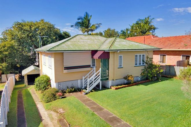Picture of 89 Bilsen Road, WAVELL HEIGHTS QLD 4012