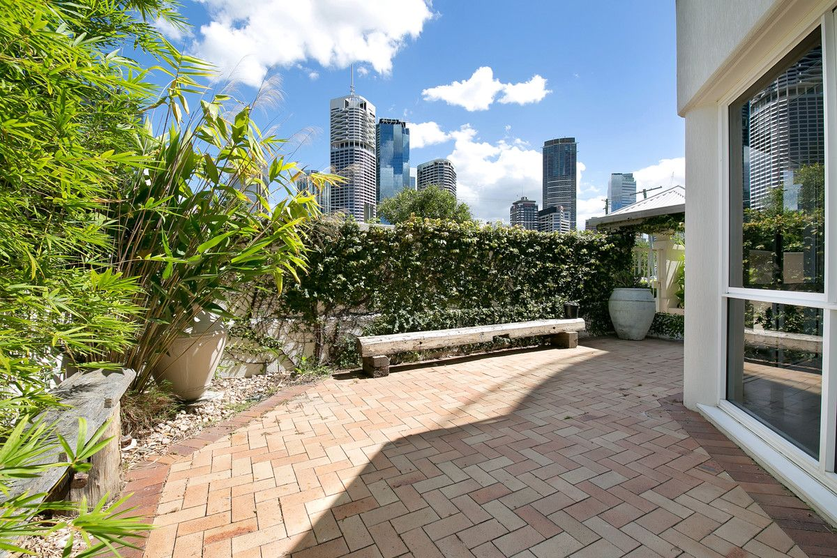 2/16 Bright, Kangaroo Point QLD 4169, Image 1