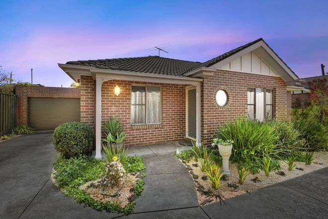 Picture of 2/54 Minerva Road, MANIFOLD HEIGHTS VIC 3218