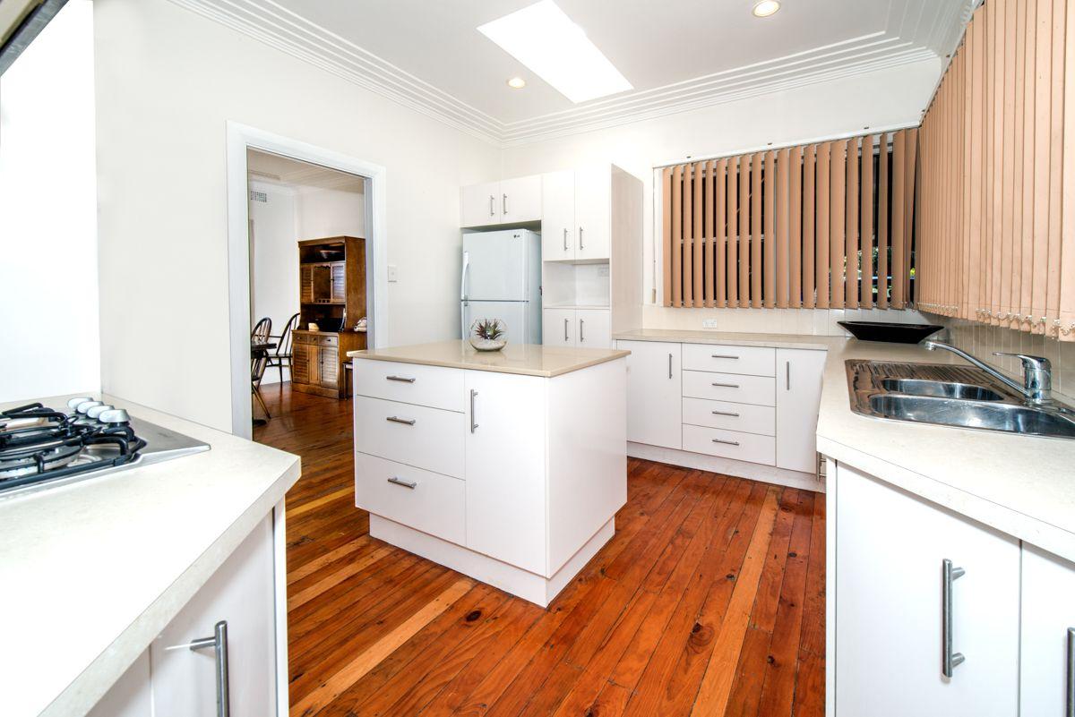 14 Lang Avenue, Pagewood NSW 2035, Image 2