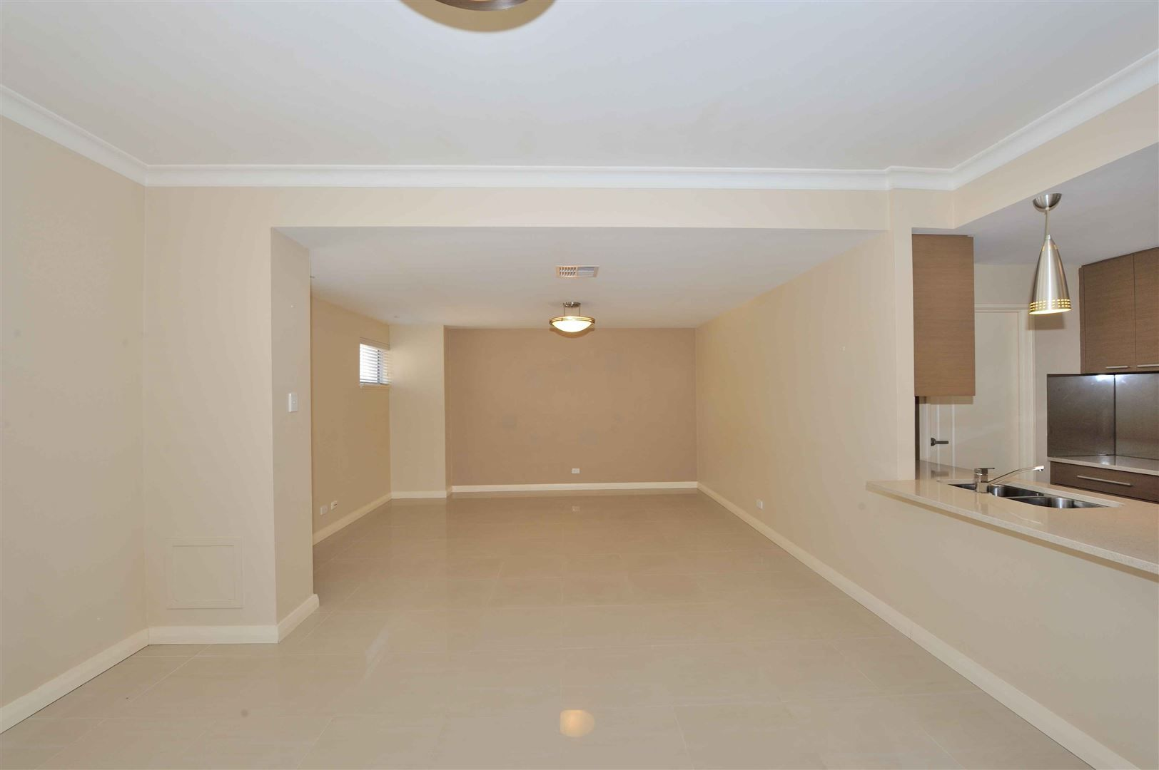 3/22 Roscoe Turn, Rockingham WA 6168, Image 2
