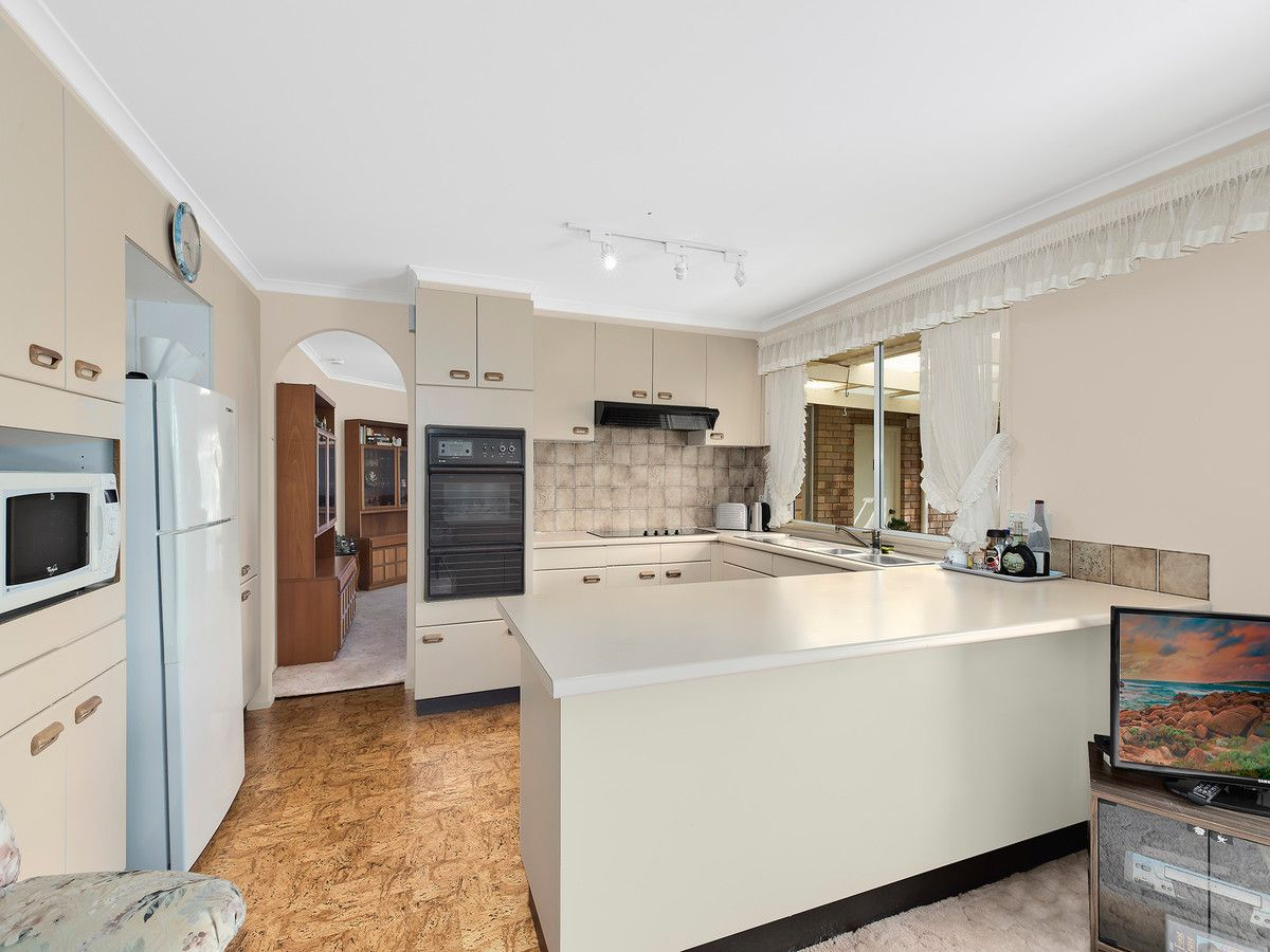 24 Murrumbidgee Crescent, Bateau Bay NSW 2261, Image 1