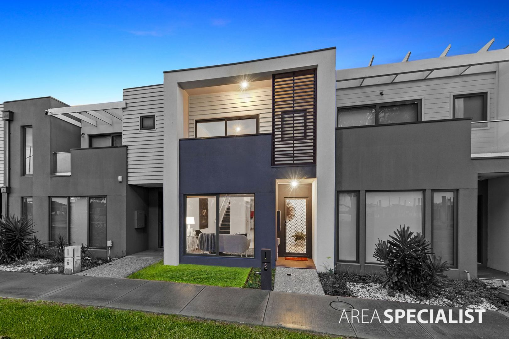 5 Armstrong Walk, Fraser Rise VIC 3336, Image 0