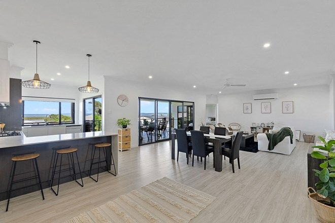 Picture of 22 Schooner Rise, RIVER HEADS QLD 4655