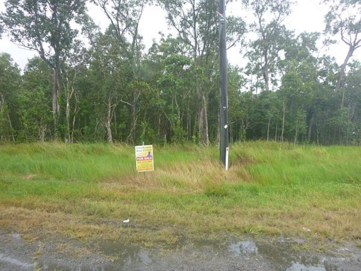 6 Bruce Highway, Murrigal QLD 4854, Image 2