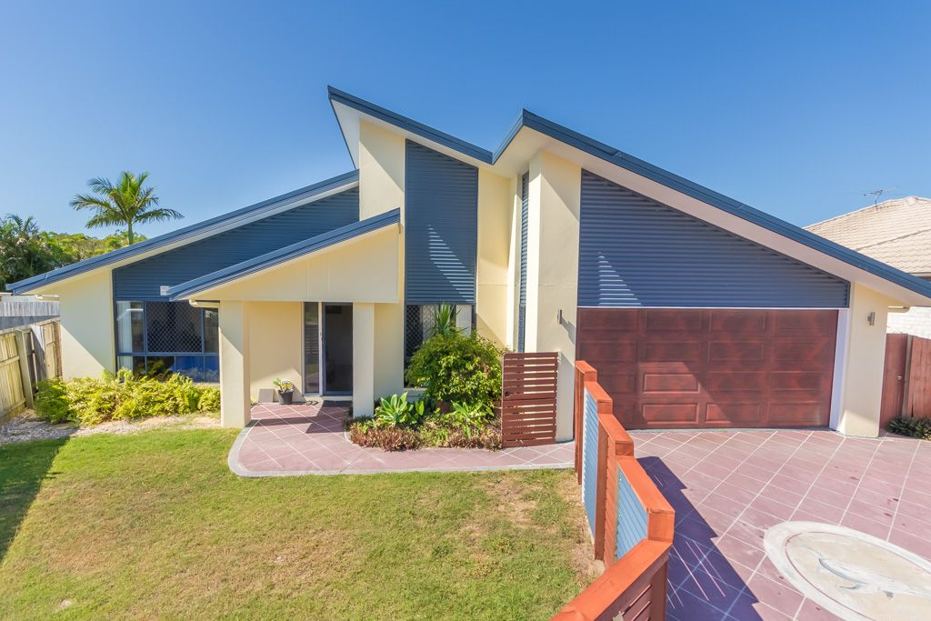 12 Biggera Court, Sandstone Point QLD 4511, Image 0