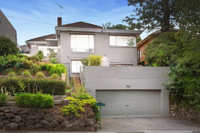 Picture of 55 Hillsyde Parade, STRATHMORE VIC 3041