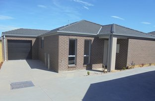 Picture of 2/4 The  Grove, Melton West VIC 3337