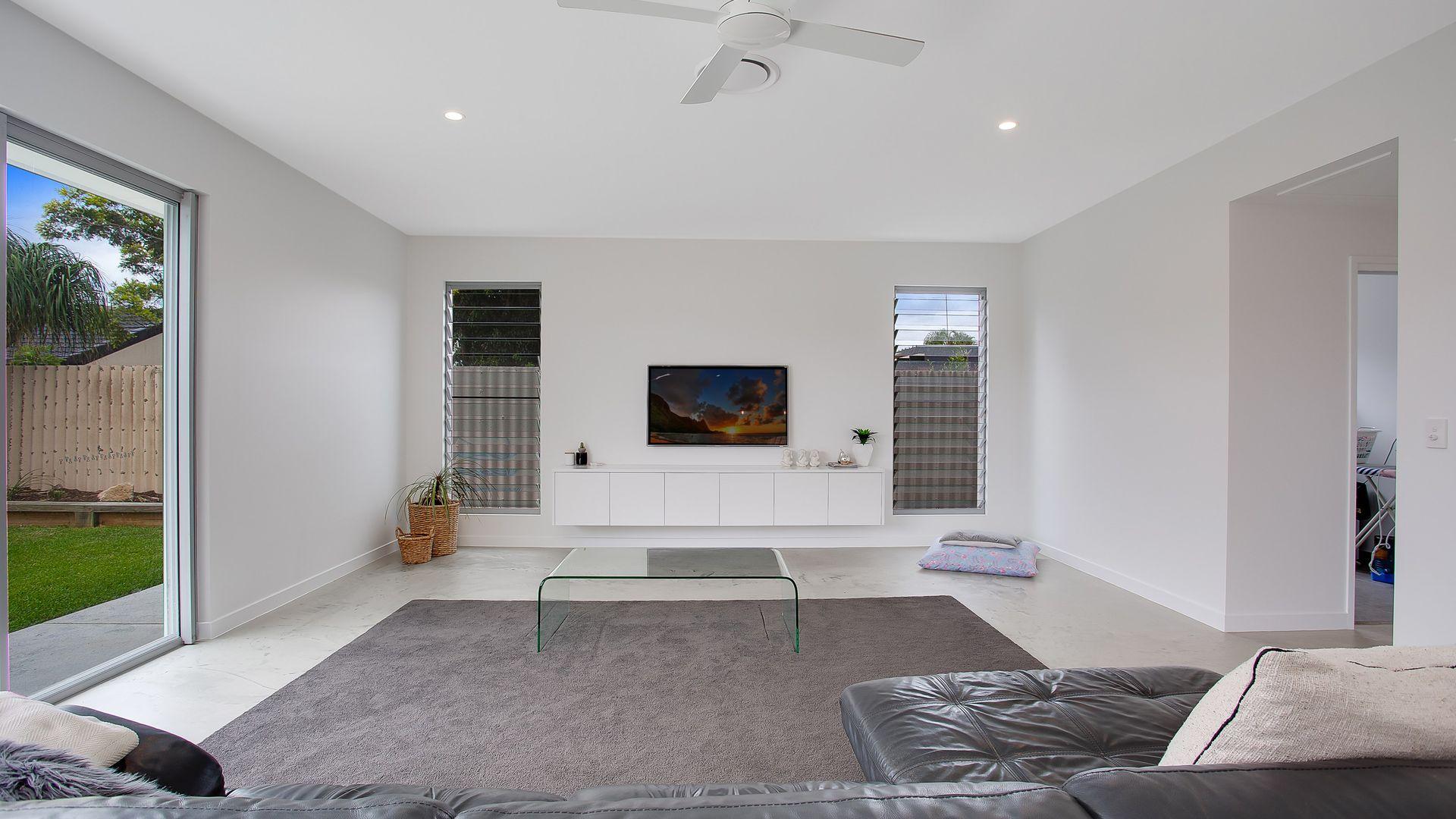 82 Rumrunner Street, Mermaid Waters QLD 4218, Image 1