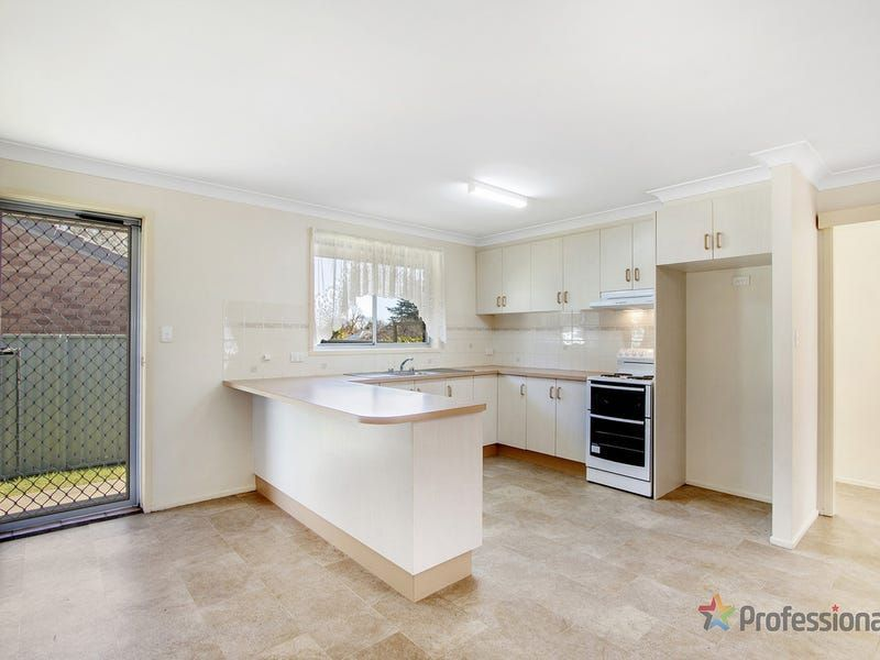 1/161a Brown Street, Armidale NSW 2350, Image 2
