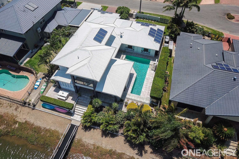 24 Constance Court, Newport QLD 4020, Image 1