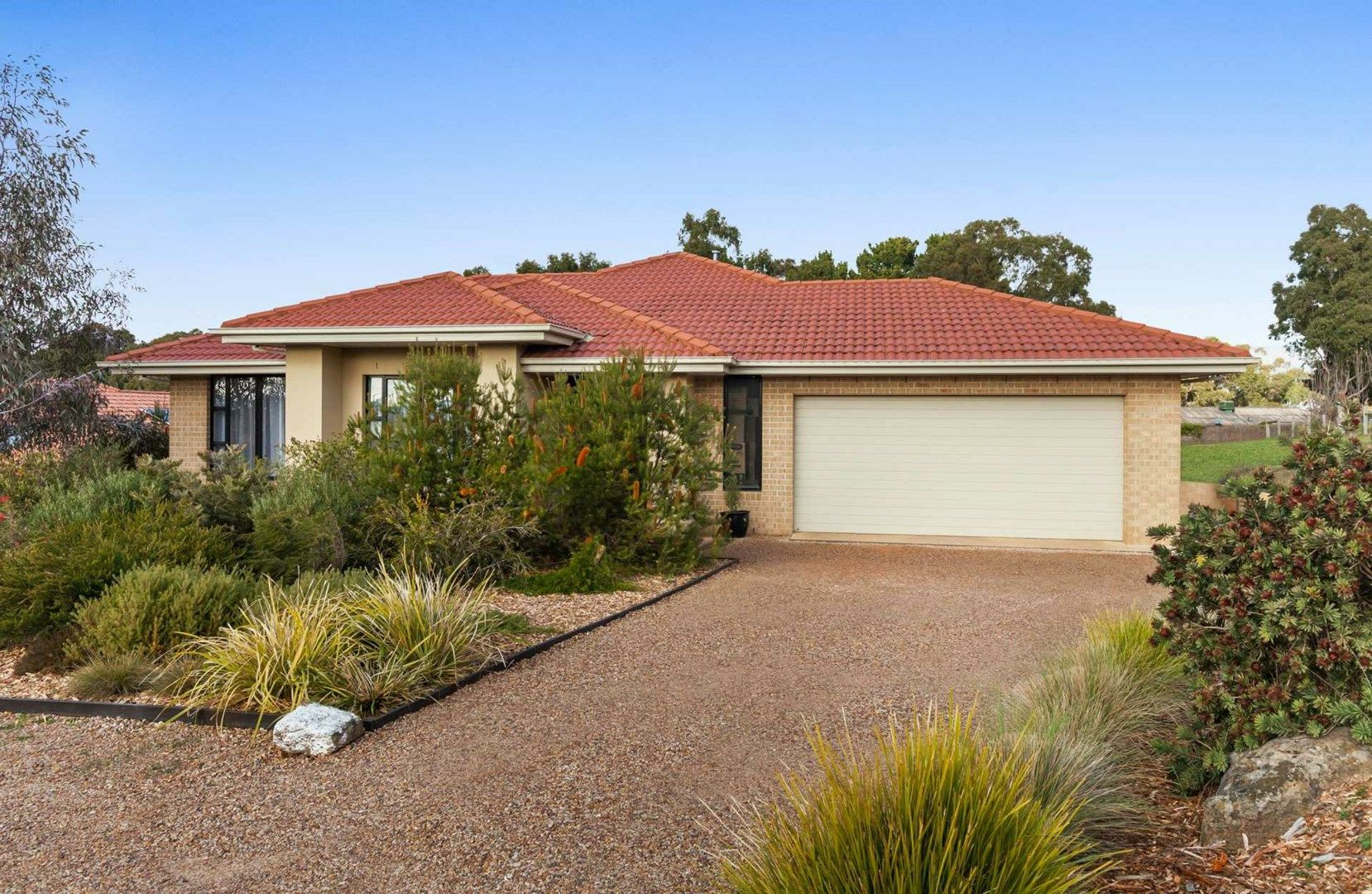 45 Carmelo Court, Hidden Valley VIC 3756, Image 0