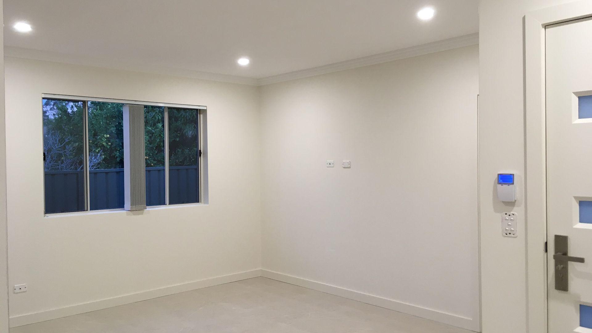 3/6 Belgium Street, Riverwood NSW 2210, Image 2