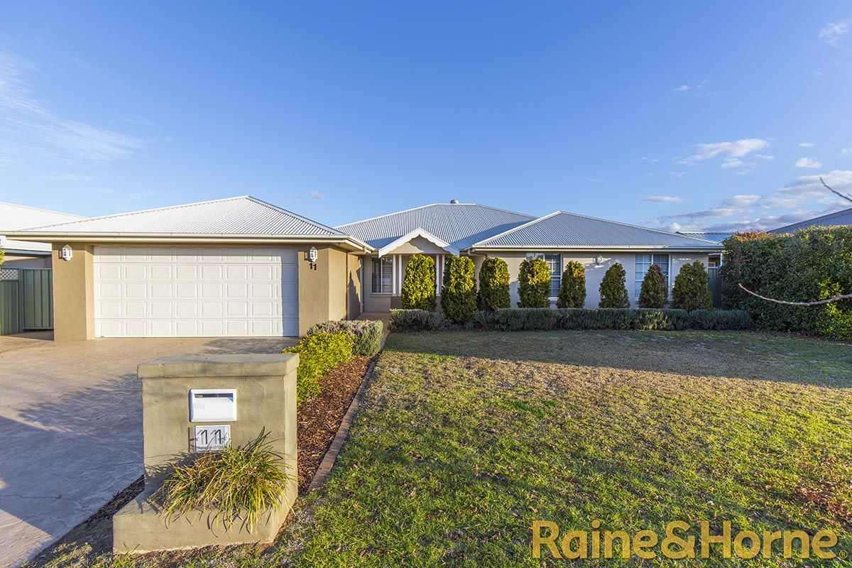 11 Holmwood Drive, Dubbo NSW 2830, Image 0