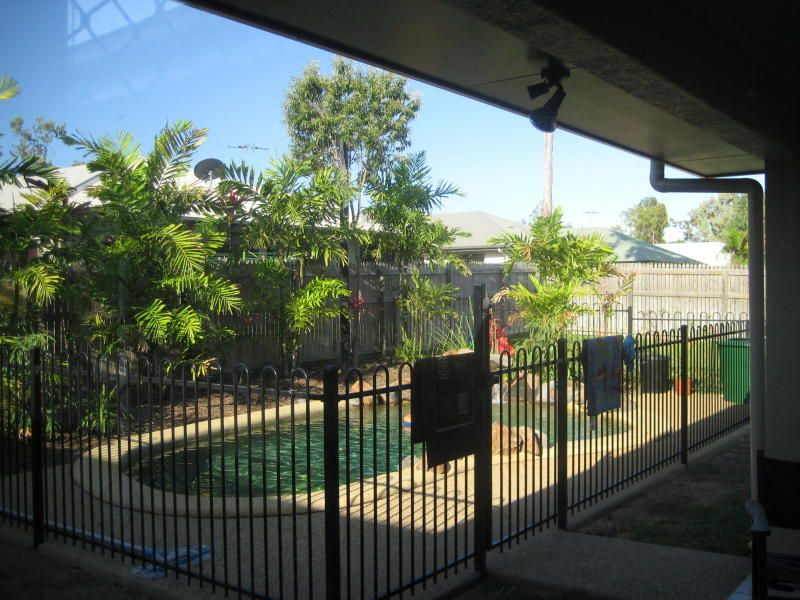 18 Greentree Circuit, Bushland Beach QLD 4818, Image 1