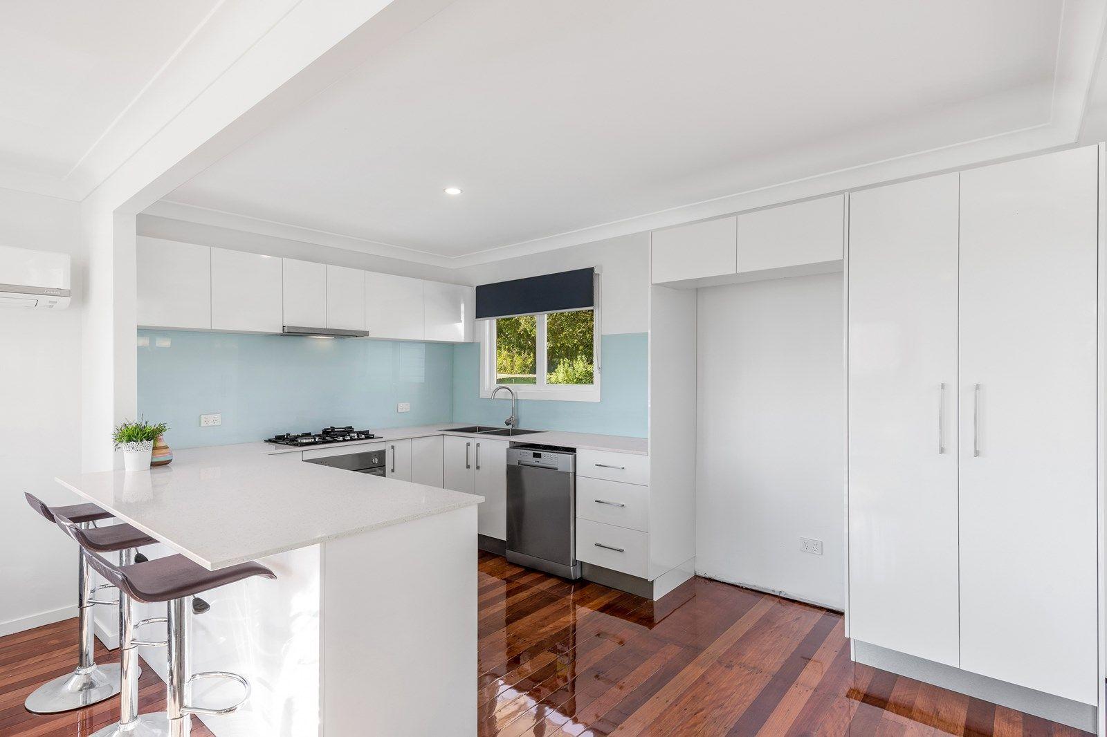 28 Wyeth Street, Wynnum QLD 4178, Image 2