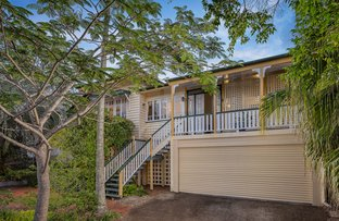 Picture of 7 Neulans Road, Indooroopilly QLD 4068