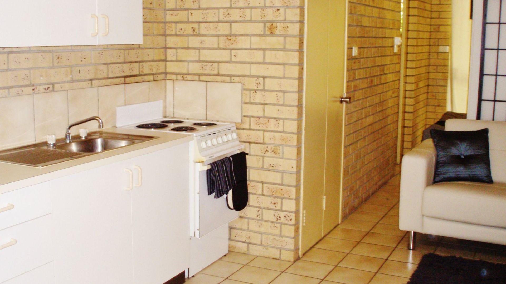 17/25 CONLEY Street, Ayr QLD 4807, Image 2