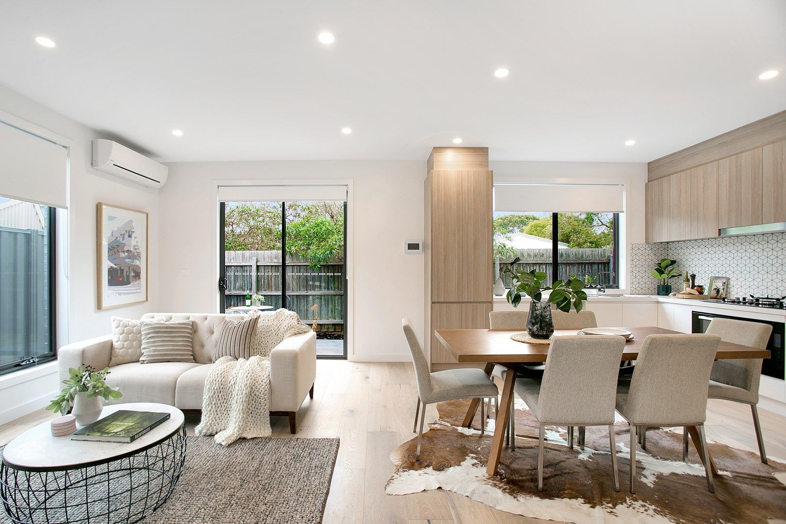4/10 Gregory Street, Oak Park VIC 3046, Image 0